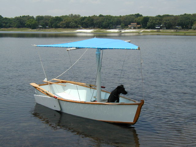 Small Crabclaw rig for a 12 foot skiff